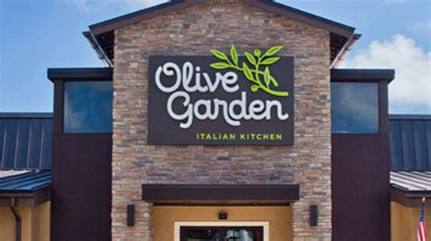 olive garden hialeah olive garden has new way to lure you in 171 cbs miami