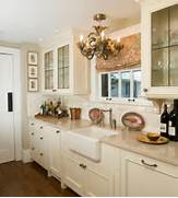 Traditional Kitchen Design With Lovely Lighting And Classy Cabinets Creating A Traditional Kitchen Kitchen Ideas Design With Cabinets Traditional Kitchen Cabinets Photos Design Ideas Of Kitchens Traditional Two Tone Kitchen Cabinets Kitchen 128