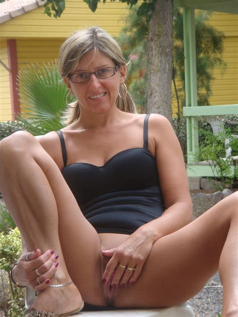 O U 12  In Gallery Nice German Milf Summer Sex