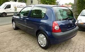 Renault Clio  02  2002  - Blue Metallic