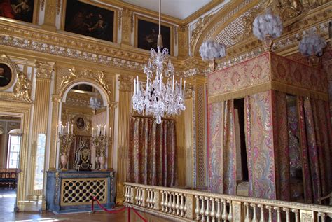 chambre de louis xiv this is versailles the king 39 s bed chamber