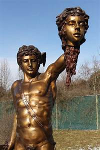 Perseus Slaying Medusa - BigBronze.com Greek Statue