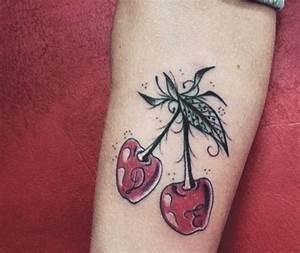 Baum Tattoo Bedeutung : kirsche tattoo bedeutung der motive und coole designs ~ Frokenaadalensverden.com Haus und Dekorationen