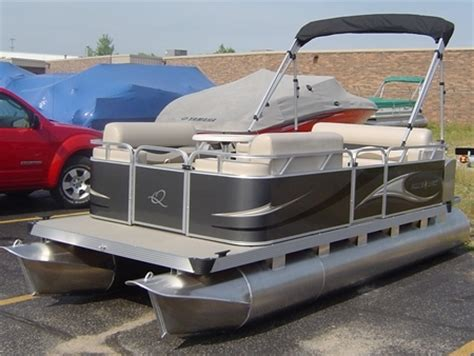 Quest Pedal Boat by Timotty Learn Qwest Pontoon Boat