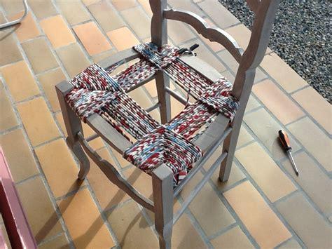 rempailler une chaise avec du tissu k roll rempaillage de chaise avec du tissu