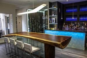Des idees de bar moderne pour votre maison bricobistro for Idees pour la maison 11 photos de plafond tendu dans votre piscine