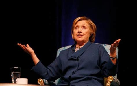 clinton dazzles crowd at san jose state the