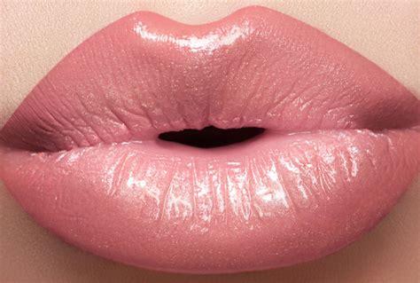10 Natural Ways To Get Plump Lips Make Your Lips Bigger