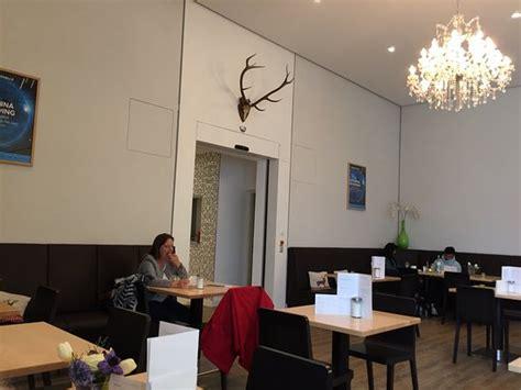 Restaurant Speisesaal In Der Bundeskunsthalle, Bonn