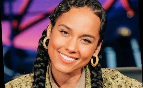 You Can't Miss Alicia Keys' Epic 2019 Year in Review Song ...