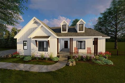 country southern home bedrooms sq ft floor plan