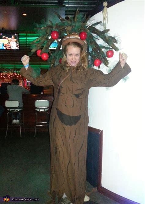 tree costume apple wizard oz talking posing