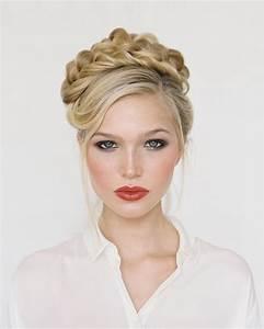 Coiffure Mariage Cheveux Court : coiffure de mariage simple et chic ~ Dode.kayakingforconservation.com Idées de Décoration
