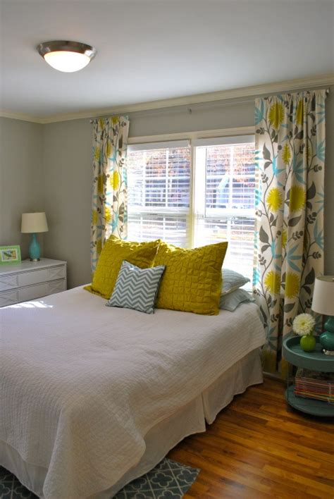 sunny yellow accents  bedrooms  stylish ideas digsdigs