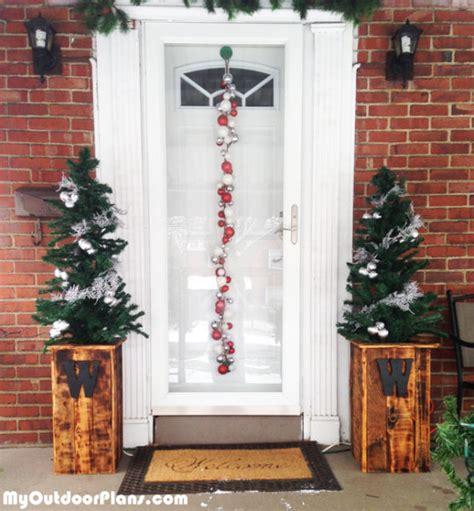 diy christmas tree planter boxes myoutdoorplans