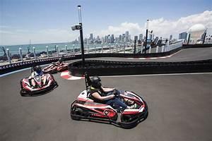 Piste De Karting : vid o une piste de karting deux tages sur un bateau de croisi re ~ Medecine-chirurgie-esthetiques.com Avis de Voitures