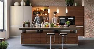 Küche Mit Integriertem Tisch : k7 die h henverstellbare kochinsel team 7 ~ Bigdaddyawards.com Haus und Dekorationen