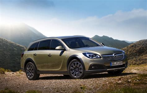 2014 Opel Insignia Country Tourer