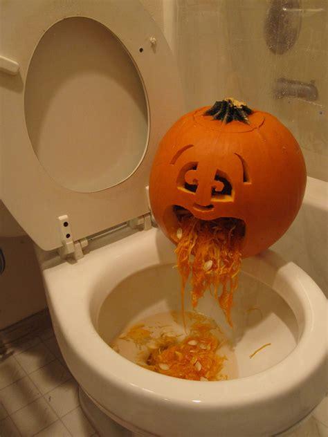 Pumpkin Faces To Carve by Puking Pumpkin Todo Espa 241 Ol
