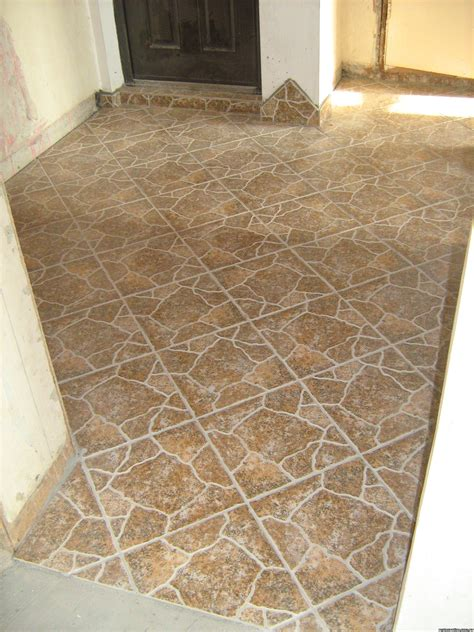 pose du parquet sur du carrelage cout travaux renovation 224 colombes quentin toulon