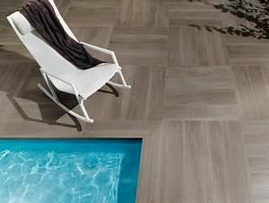 carrelage exterieur imitation bois un art italien With carrelage piscine imitation bois