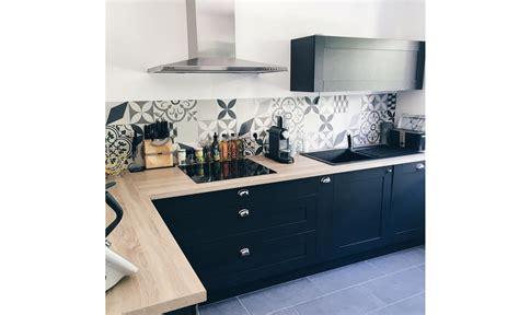 cr馘ence cuisine inox ikea poser une credence de cuisine 28 images fiche conseil pour le montage d une cr 233