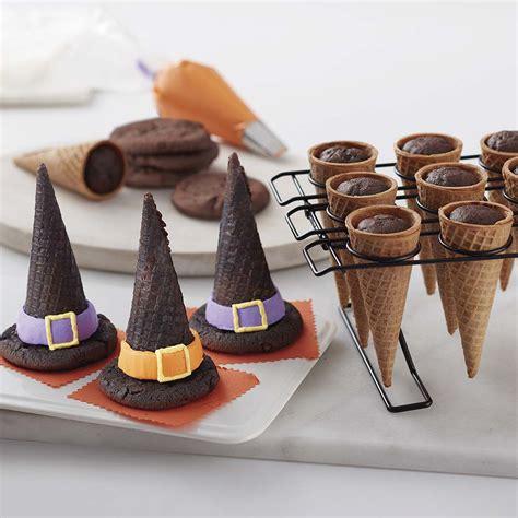wilton cones witch hat halloween cupcake