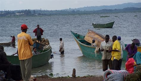 Boat Cruise Accident In Lake Victoria by Breaking Ten Dead In Lake Victoria Boat Cruise Accident