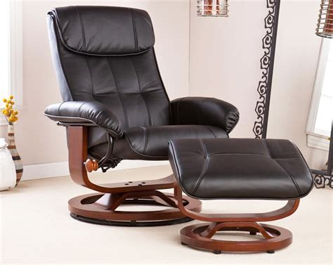how to decorate living room with leather chair ottoman