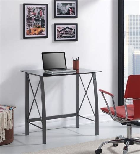 Small Bedroom Laptop Desk by Best 25 Small Computer Desks Ideas On Small