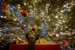 wish tree toronto christmas market photo essay