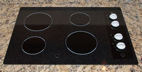 ceramic stove electric cooktops cook cooktop gas kitchen glass vs solid induction hamilton repair remodeling coil burner