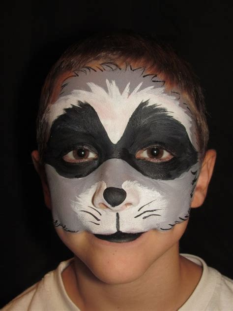 raccoon makeup 85 best images about face paint on pinterest pirate face paintings wolf face paint and mermaids