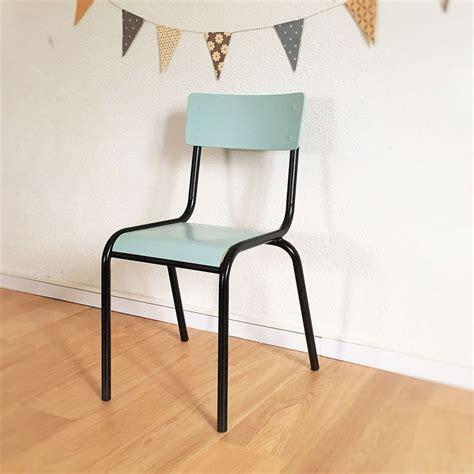 chaise écolier les 25 meilleures idées de la catégorie chaises d 39 école