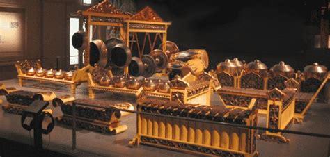 alat musik tradisional indonesia daerah asal gambar