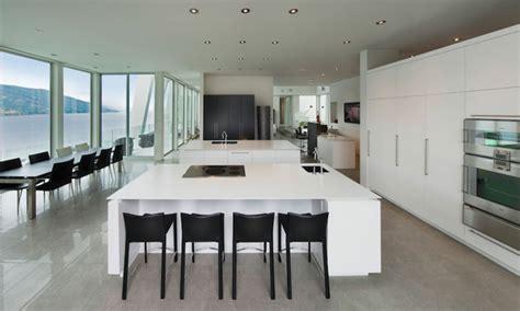cuisine de luxe design magnifique résidence de luxe au bord d un lac au canada
