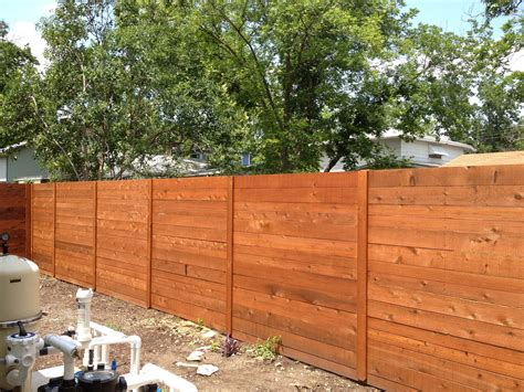 Horizontal Fence Photo Gallery
