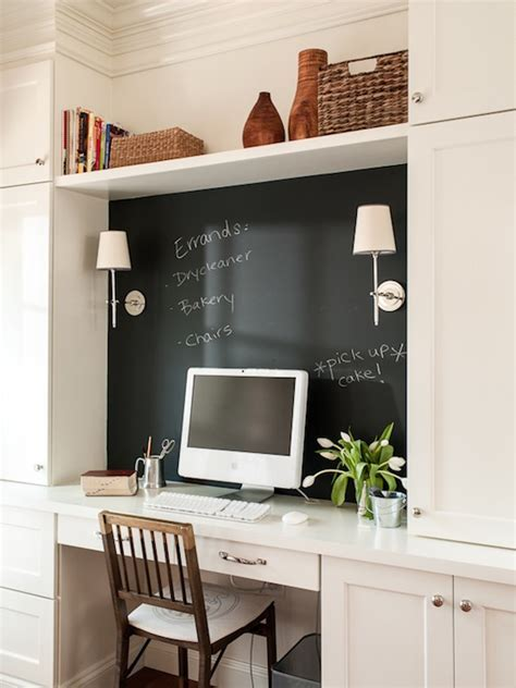 Chalkboard Backsplash   Transitional   den/library/office