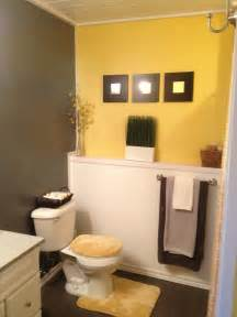 yellow bathroom ideas 127 best images about yellow bathroom remodel on bath mats orange bathrooms and yellow