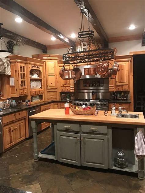 ideas    update  knotty pine cabinets  pot