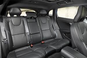 Fiabilité Volvo V40 : essai volvo v40 d3 r design 2016 le test de la v40 restyl e photo 26 l 39 argus ~ Gottalentnigeria.com Avis de Voitures