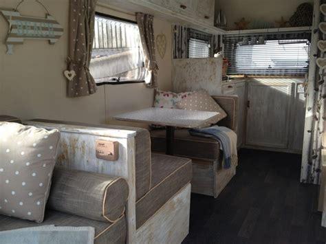 caravane deco pour  style vintage  printanier