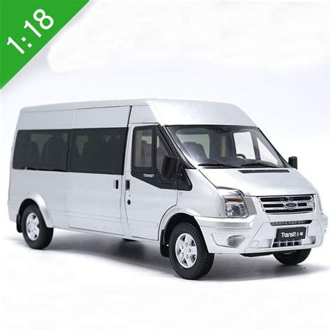 18 Diecast Model For Ford Transit Silver Van Mpv