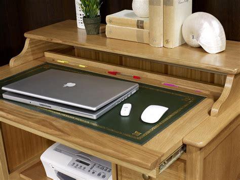 bureau en soldes petit bureau informatique emeric en chêne de style louis