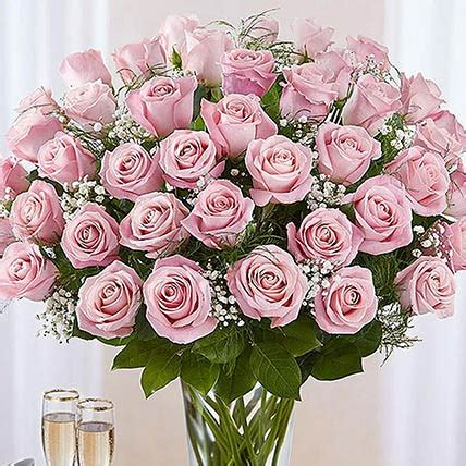 Online Bunch of 50 Gorgeous Pink Roses Gift Delivery in