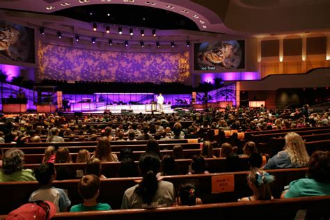 What's Right About Megachurches