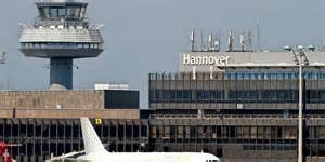 Parken Am Flughafen Hannover Parkfl 228 Chen Tarife Und Anreise