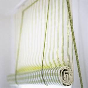 Make a roll up blind at the top blinds diy and glasses for How to make roll up curtains