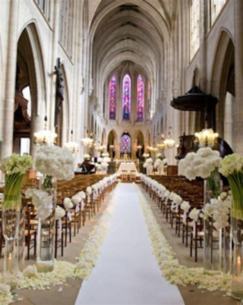 Stylish White Weddings Weddings Romantique Ceremony