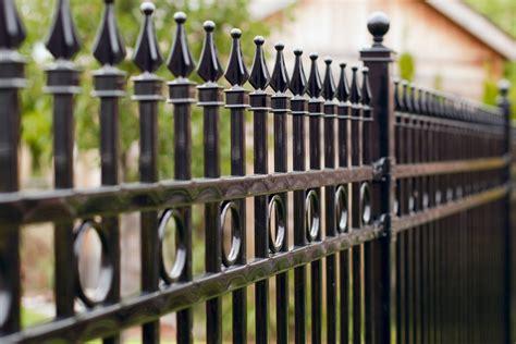 jenis besi  pagar rumah
